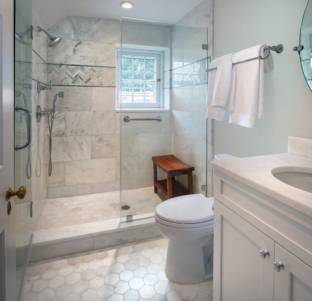 Gruver Cooley Interiors President S House Mary Parker Architectural Photography Small Bathroom Remodel Small Space Bathroom Traditional Bathroom