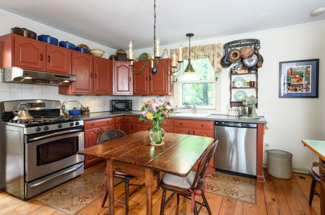 This Victorian Farmhouse for Sale Looks Just Like a ...