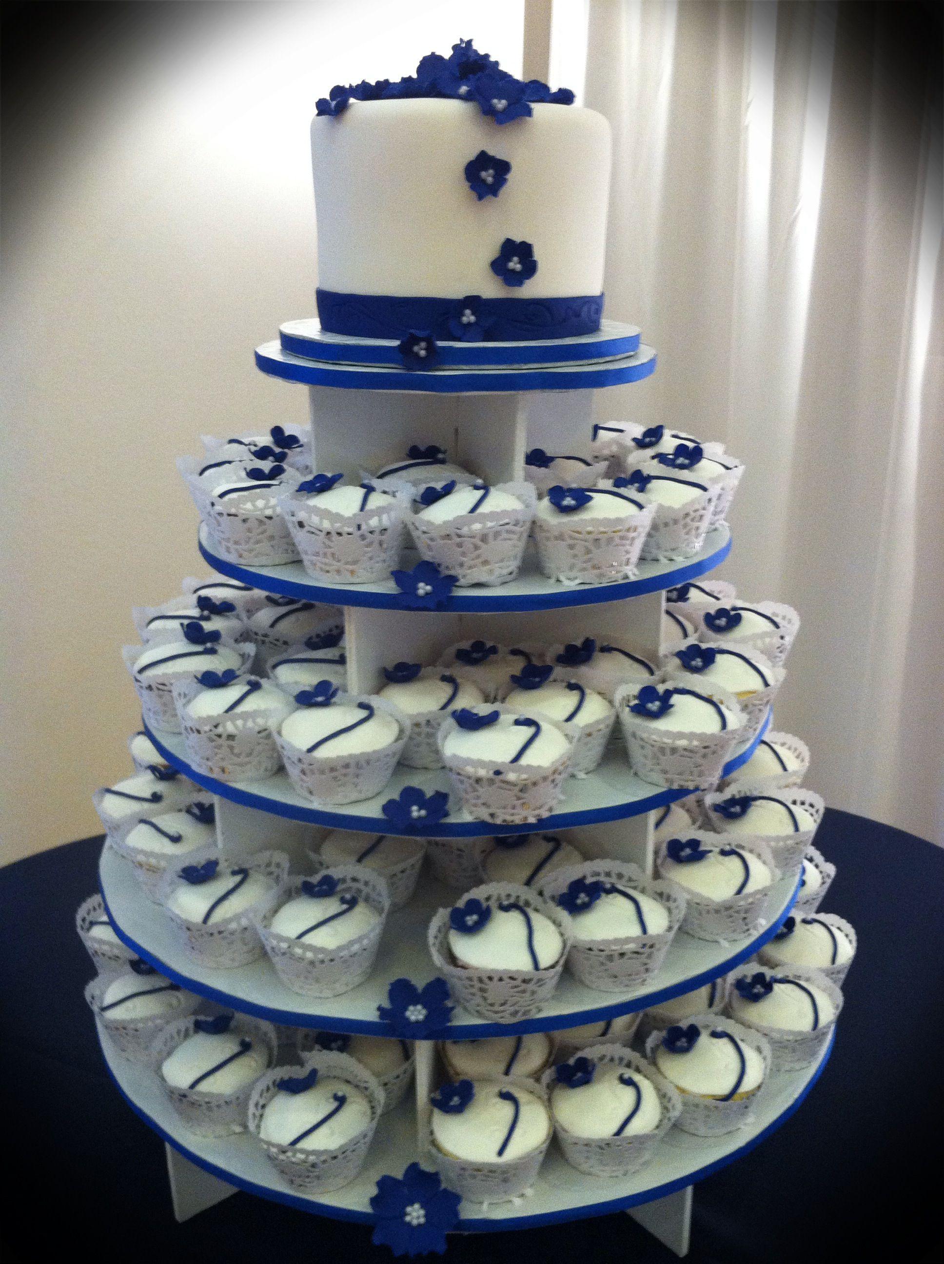Blue and white wedding cupcakes navy & white retro