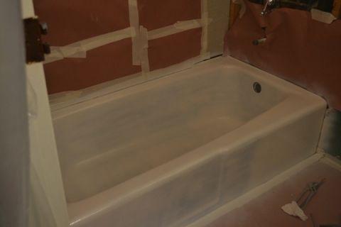 25 Best Bathtub Reglazing Ideas On Pinterest Bathtub Makeover Tub And Til