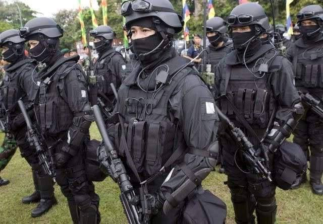 so DEN BRAVO-90 TNI AU | Angkatan darat, Militer, Polisi