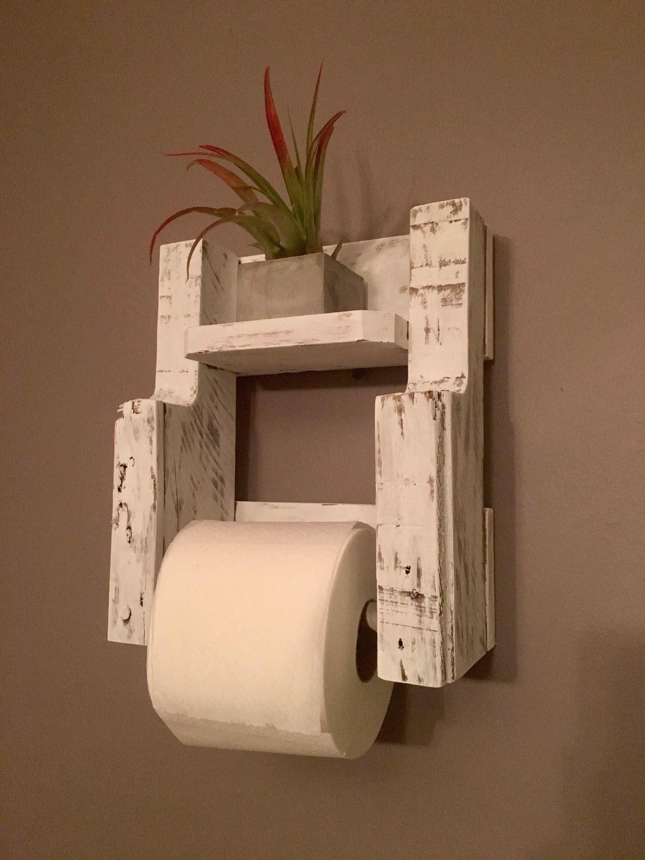 Pin By Rosangela Aparecida Soares On Ideias Quiosque In 2020 Rustic Toilet Paper Holders Wooden Toilet Paper Holder Rustic Toilets
