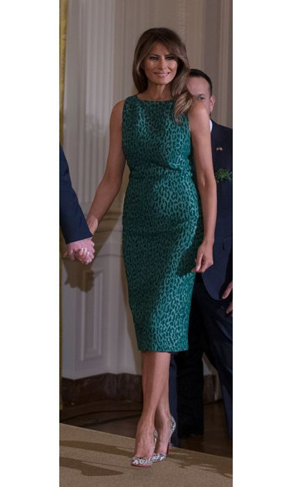 Melania Trump style: The latest news on what (and who) the first lady has been wearing -  Melania Trump style: See the first lady's fashionable looks of 2018 – Foto 16  - #CelebrityStyle2018 #CelebrityStylemen #CelebrityStylenight #CelebrityStyleparty #lady #latest #Melania #news #style #Trump #Wearing