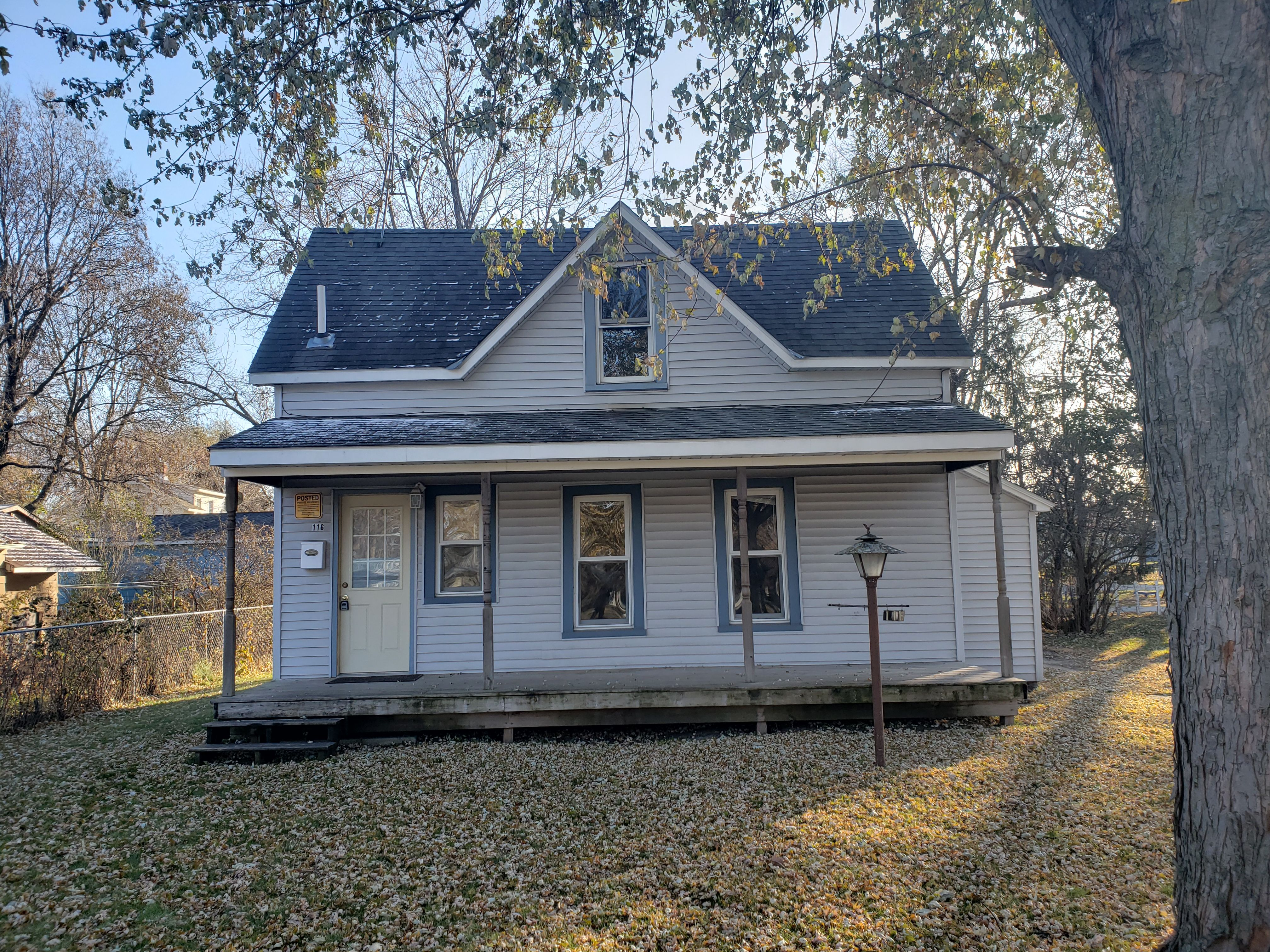 1bedroom house for rent in Litchfield, 900/ month, call