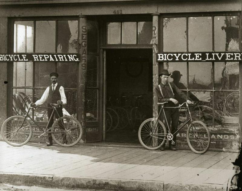 Old Bike Repair Shop Vintage Bicycles Bike Livery Old Time Bicycle Repairing Wow Bike Repair Vintage Bicycles Bicycle