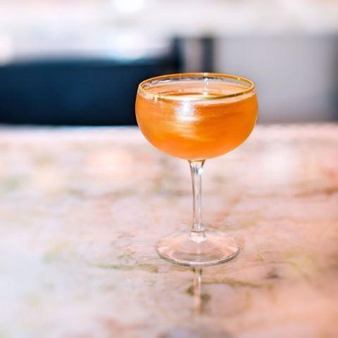 Valentine's Day Cocktail Drink Ideas - #AllThatGlitters