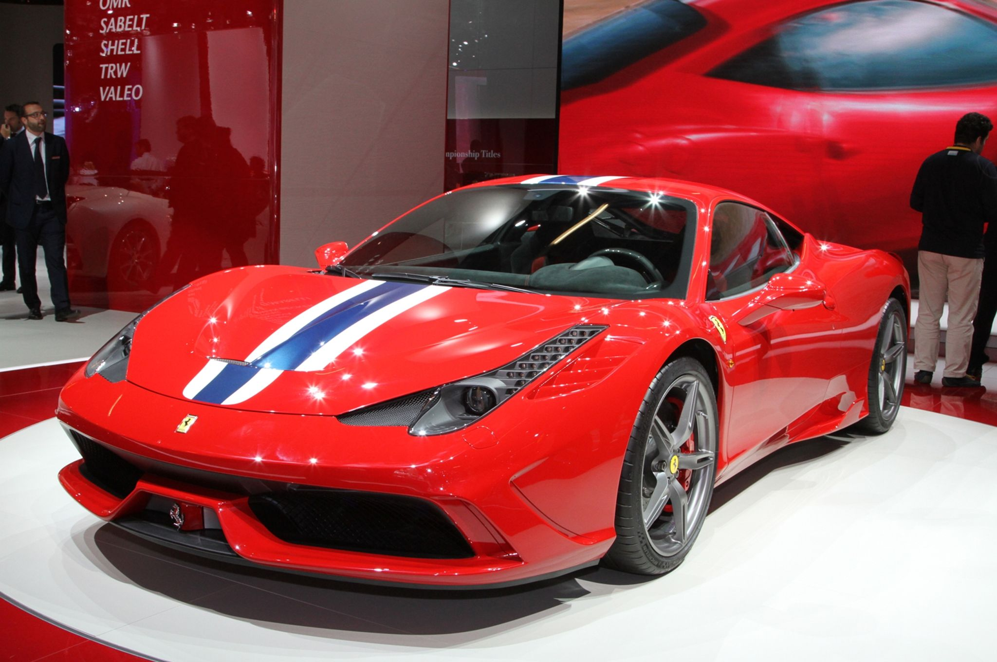 Fabulous 2014 Ferrari 458 Speciale Hq Wallpapers