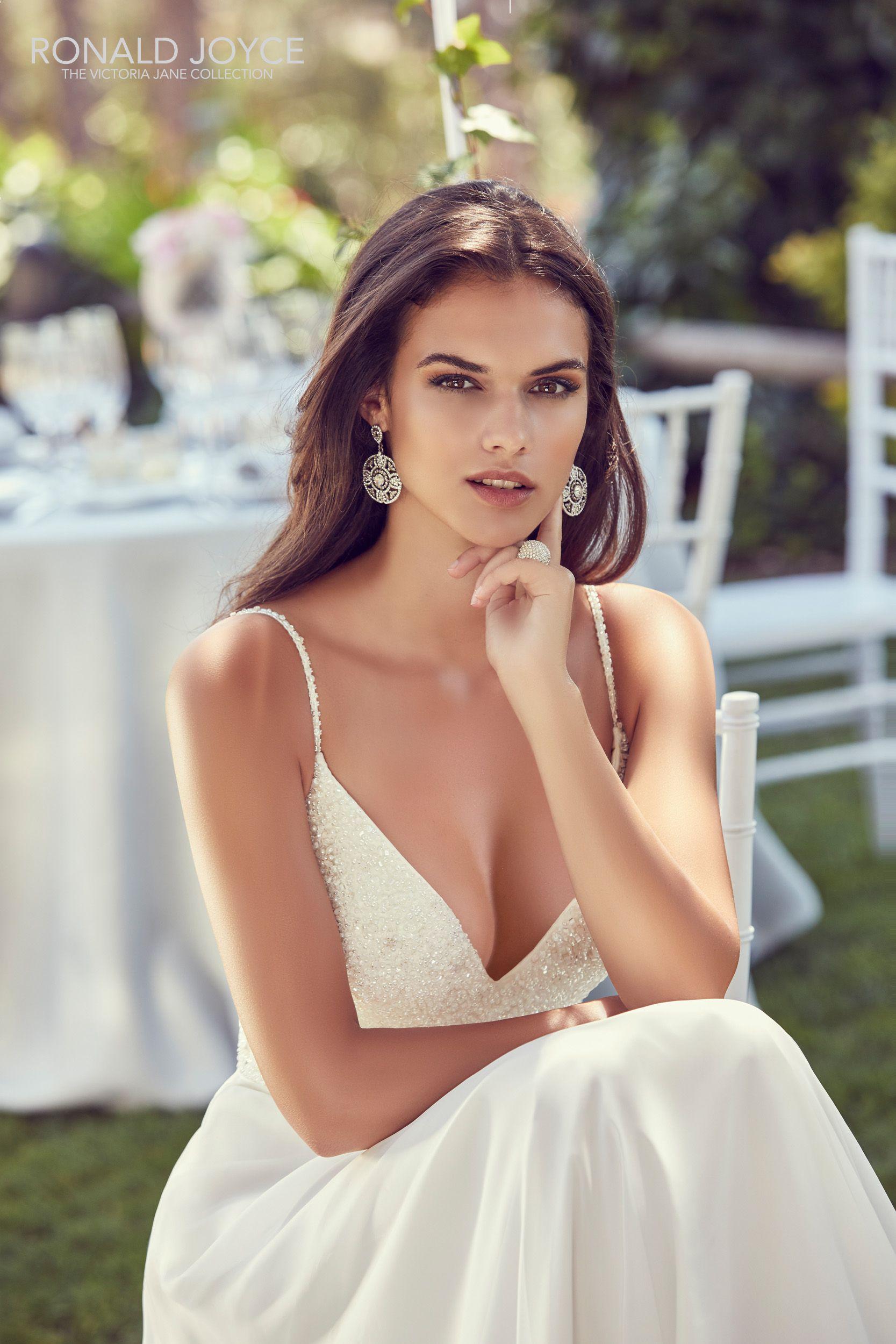 Ronald joyce wedding dress wow wedding dress show stopper wedding