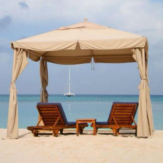 Grand Cayman.... Cayman Islands