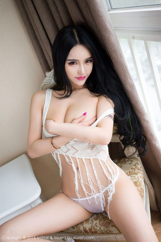 Beautiful chinese model nude