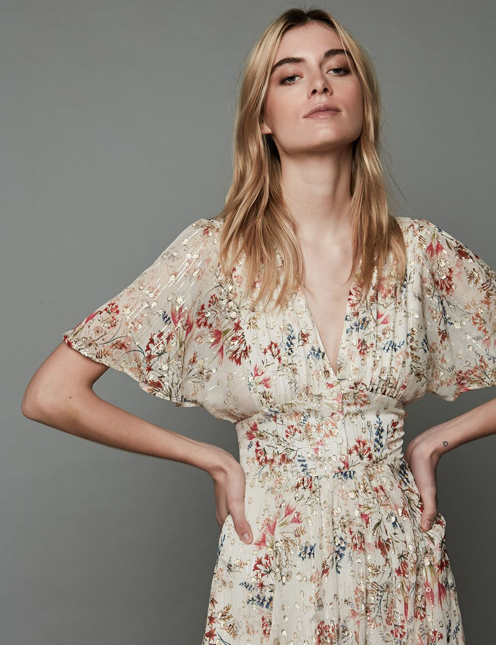 Robe Rafi Coupe Ample Zapa En 2020 Idees Vestimentaires Robe Midi Robe