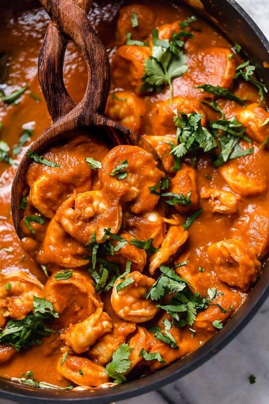 One-Skillet Mexican Shrimp Diablo Dinner - Skinnytaste #mexicanshrimprecipes
