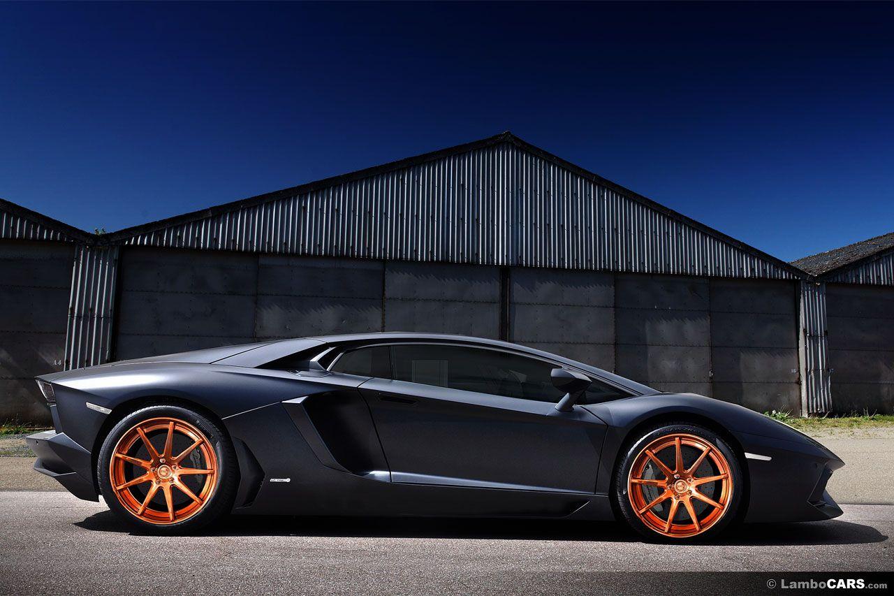 lamborghini - Lamborghini Aventador Gold And Black