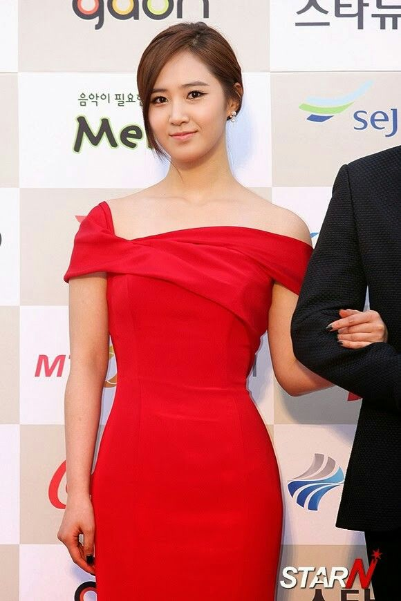 U of s red dresses that slay