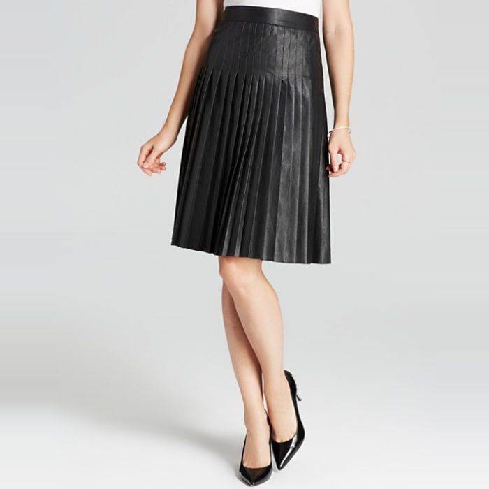 c4e956734e 10 Best Work Skirts | Simply Chic | Faux leather skirt, Work skirts ...