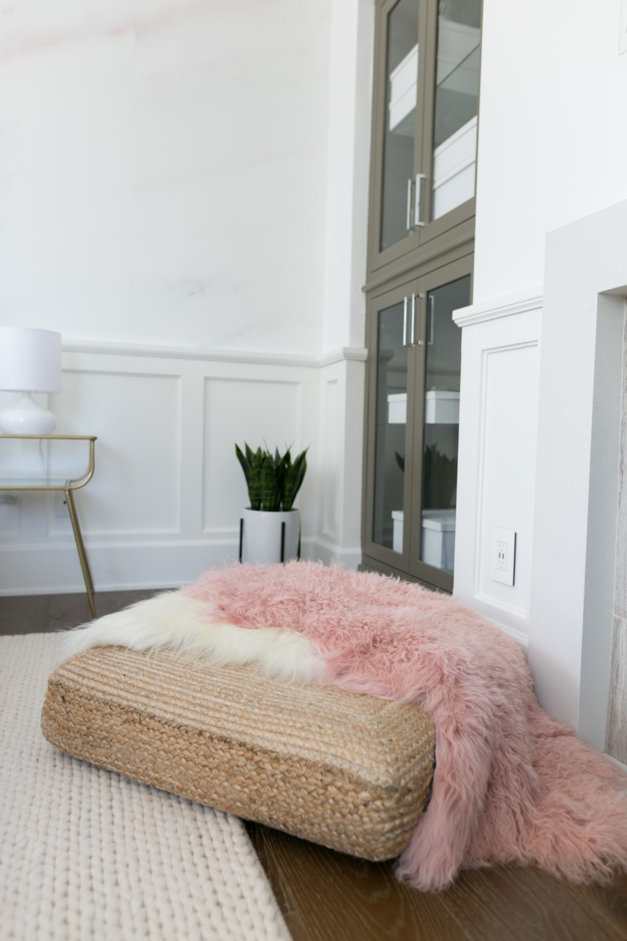 Palm Springs Pastel Bedroom Makeover For Alisha Marie Pastel Bedroom Home Decor Bedroom Diy Bedroom Decor