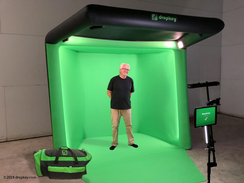 Dropkey Studio In A Bag Offers Backgrounds For Streamers There S Finally A Solution For The Millions Of Youtubers Twitch Studio Greenscreen Home Photo Studio