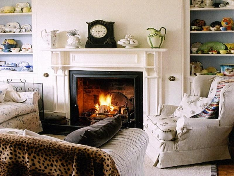 White Traditional Decor Ideas For Fireplaces