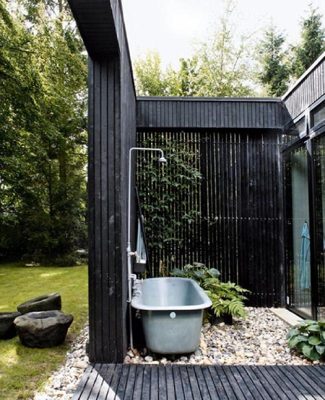 Id e d co une baignoire en plein air home outside baignoire ext rieure baignoire en for Douche plein air