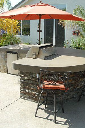 Simple and elegant outdoor bbq island california concrete for Outdoor grill island ideas