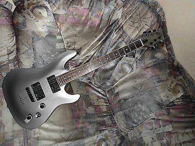 E-Gitarre Spear Thorn Series, Neuwertigsparen25 , sparen25de