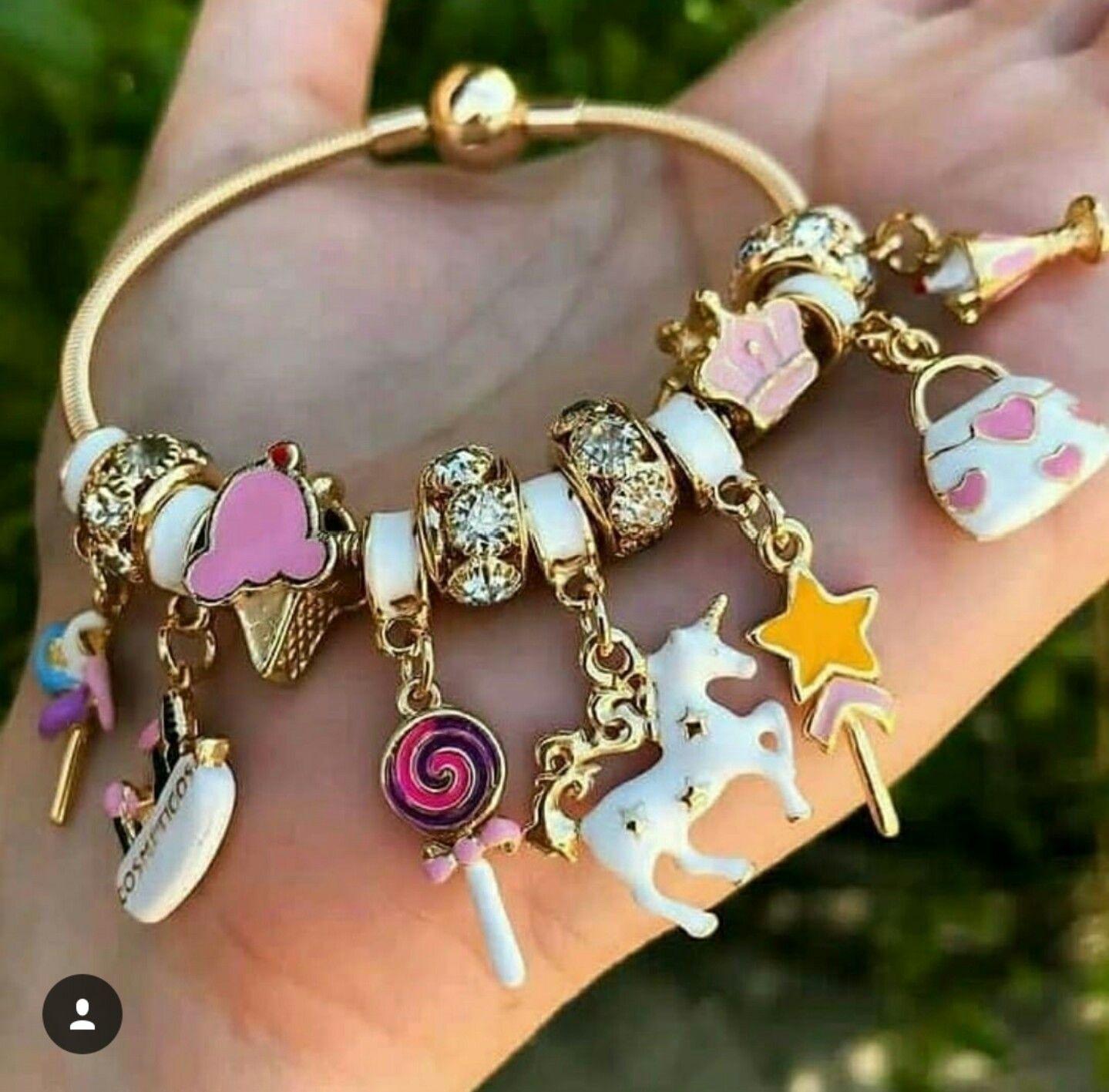 Pin di Mireya Torres su unicornio Gioielli di stilisti
