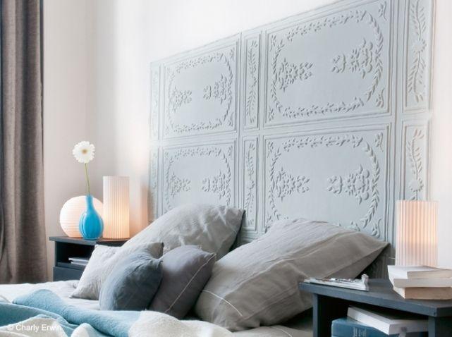 Papier peint effet moulure deco pinterest papier - Tete de lit papier peint imitation cuir ...