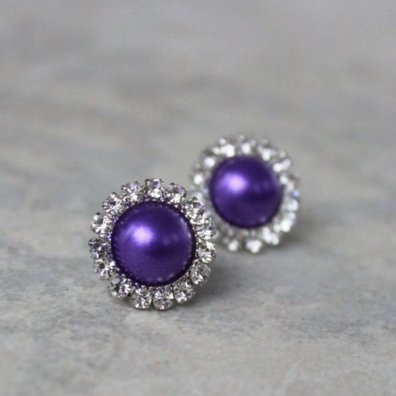 Pearl earrings for bridesmaids! http://buff.ly/2u3aCpj #etsy #gifts #jewelry #weddings #brides