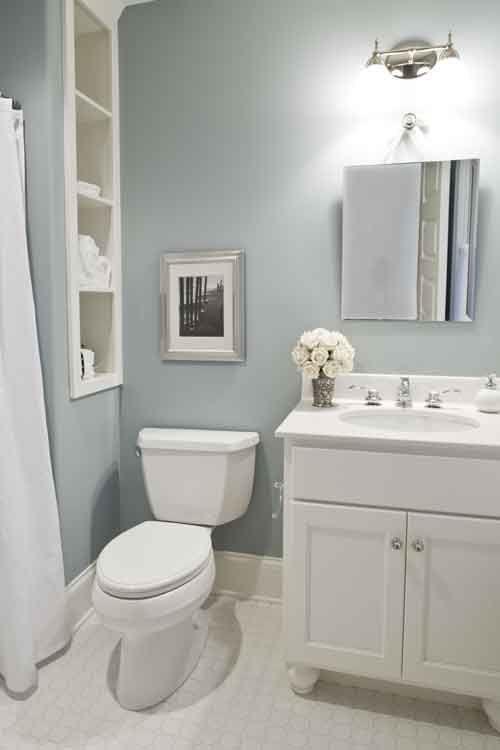 Blaues Badezimmer Der Entenei Mit Leinenregalen Badezimmer Ideen Bathroom Floor Plans Trendy Bathroom Duck Egg Blue Bathroom