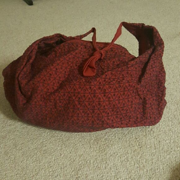 Zip up Boho Tote SUMMER SALE Bohemian tote makes a great beach bag with plenty of room for a towel and more! American Eagle Outfitters Bags Hobos