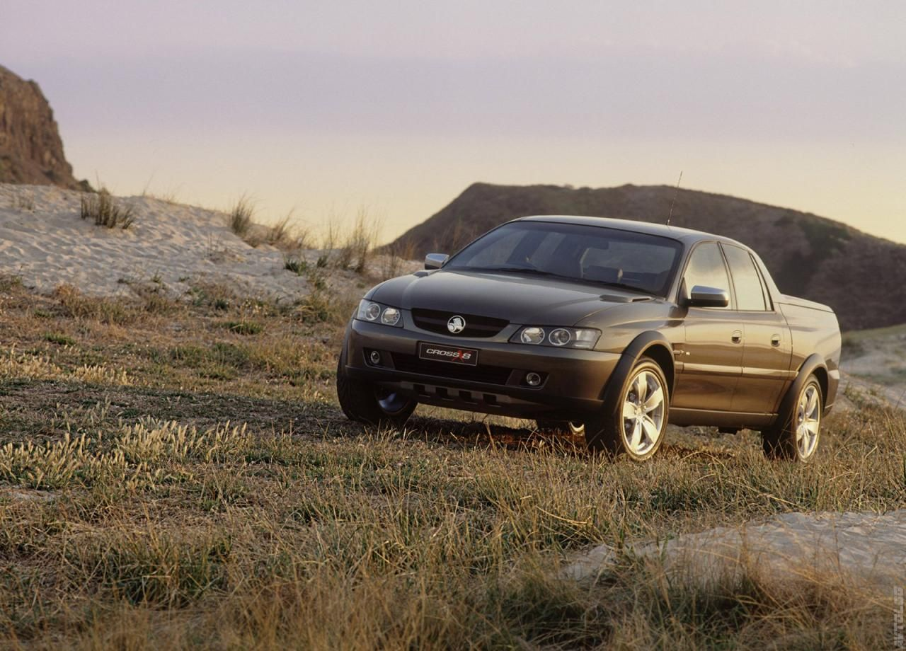 2002 holden cross 8 concept holden pinterest crosses 8 and 2002 holden cross 8 concept vanachro Choice Image