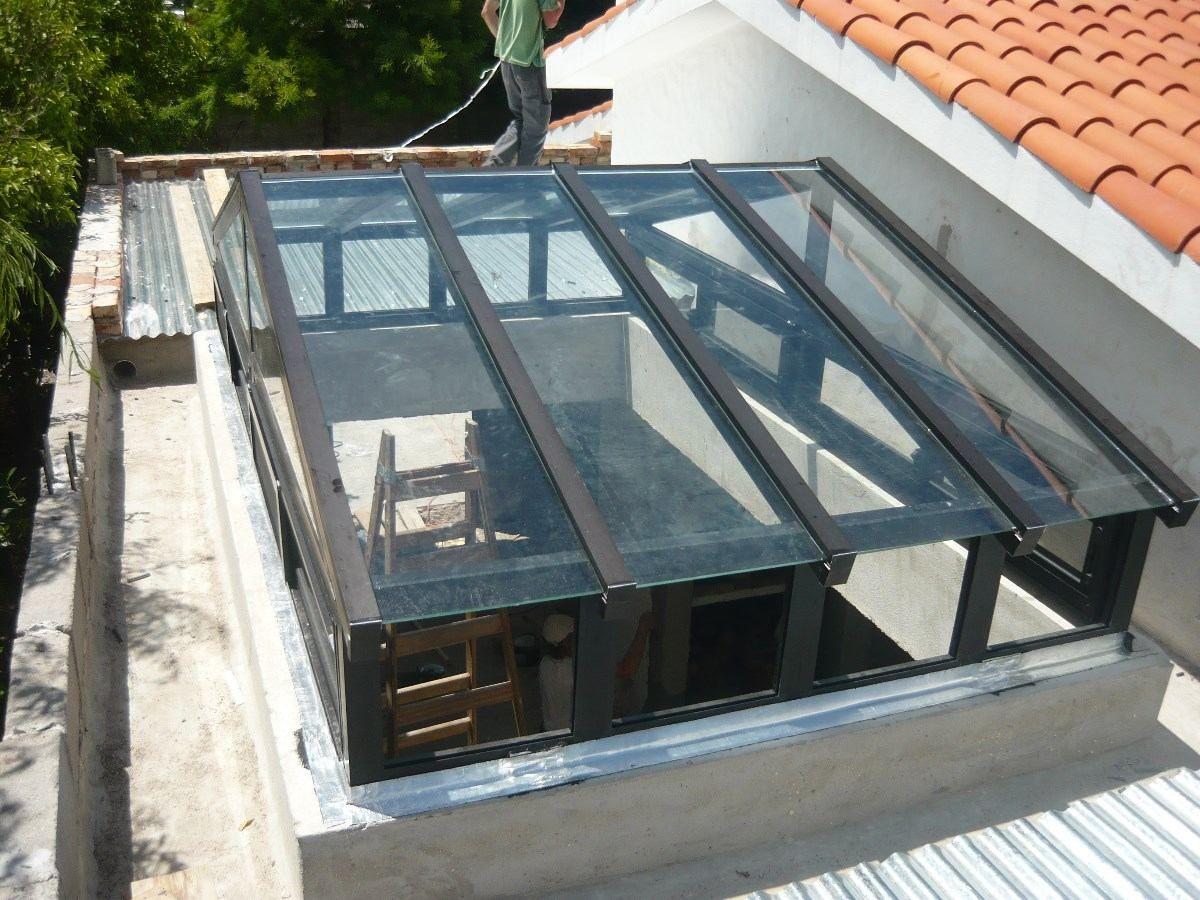 Trabajos en aluminio puertas ventanas mamparas for Claraboyas para techos
