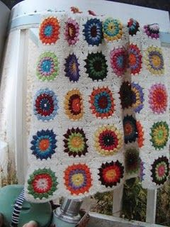 Starburst brights & white blanket