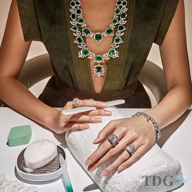 HOLIDAY WEEKEND READY!!! What??? You don't wear diamonds to your manicures???? Love this pic... Reposted from @princess_mhn