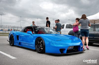 The cleanest NSX I've seen