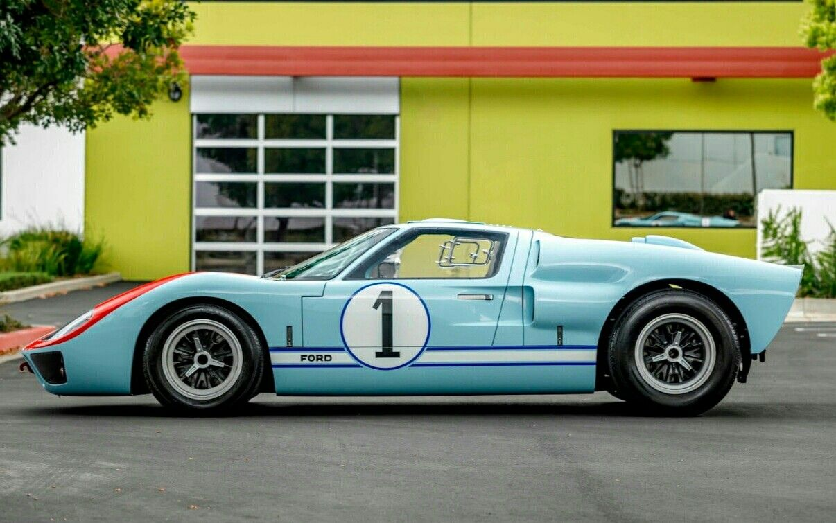 Pin By Bay On Gt40 Ideas Ford Gt40
