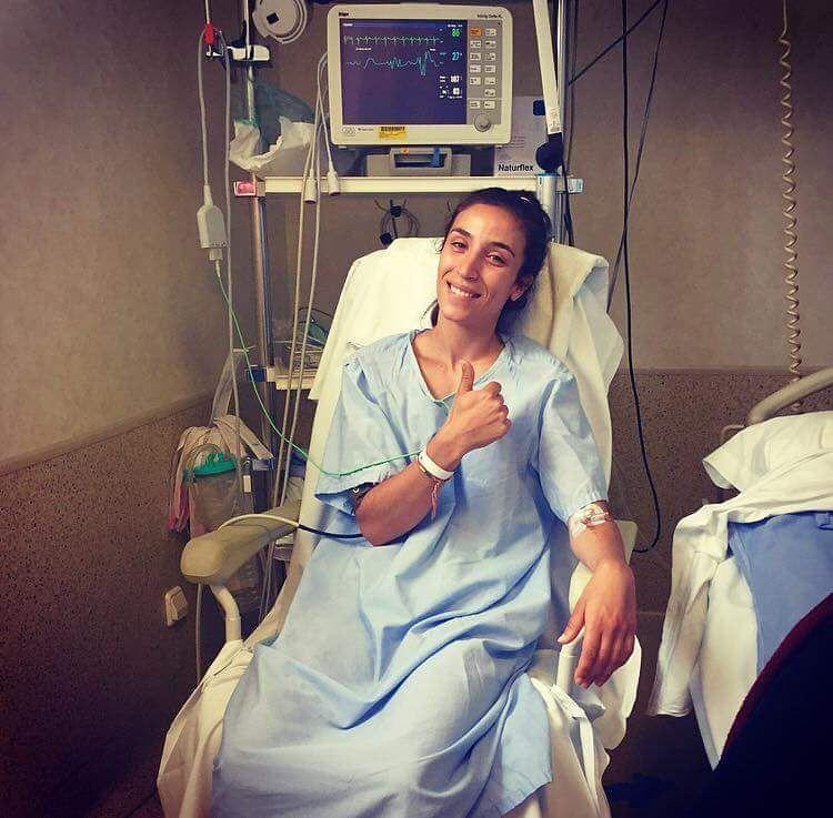Deseamos una pronta recuperación a Verónica Virseda (@verovirseda ). Le queremos pronto de vuelta en las pistas!  #padelfemenino #worldpadeltour #padel