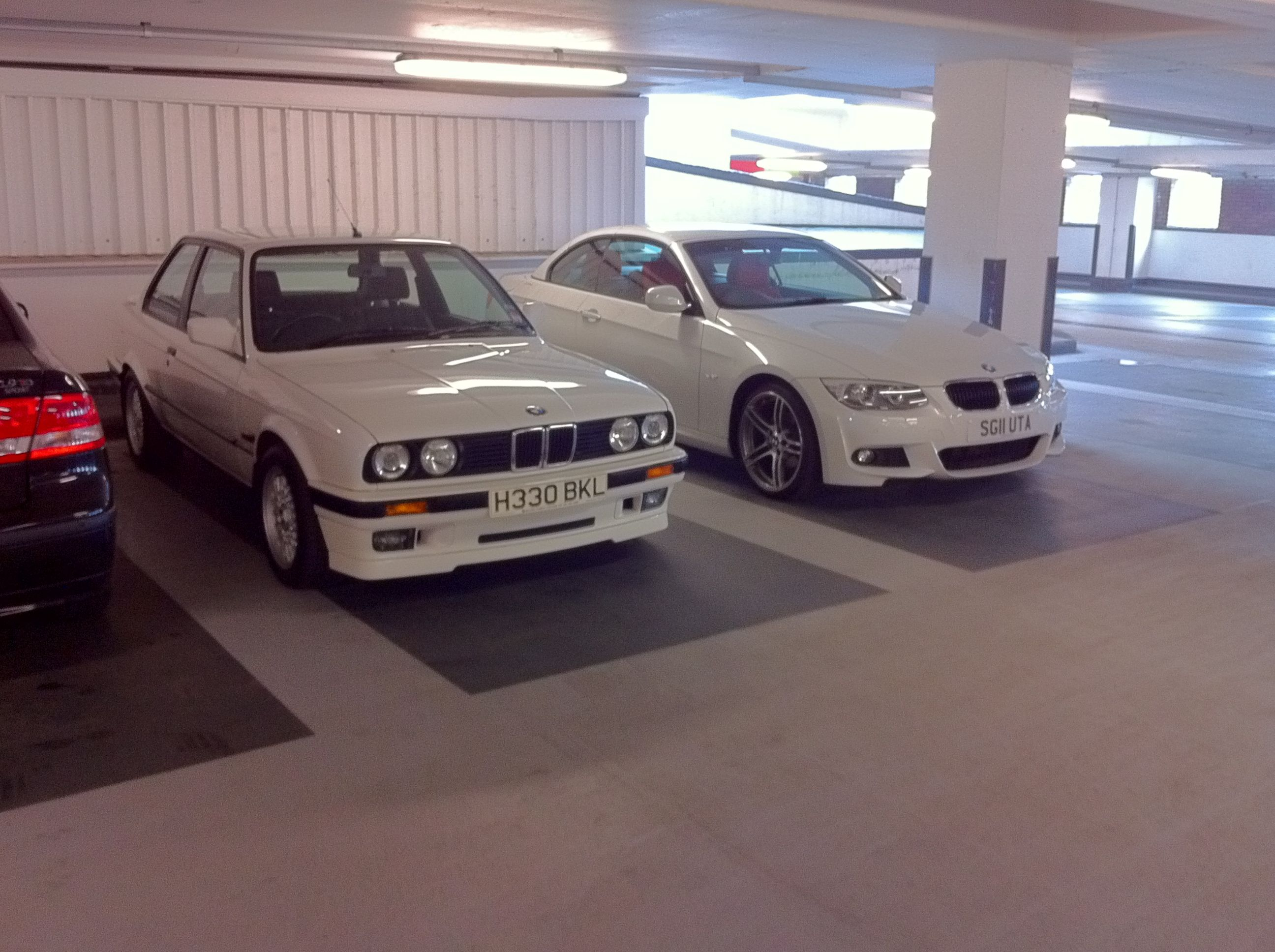 Bmw E30 318is Alpine White Old And New Bmw Bmw E30