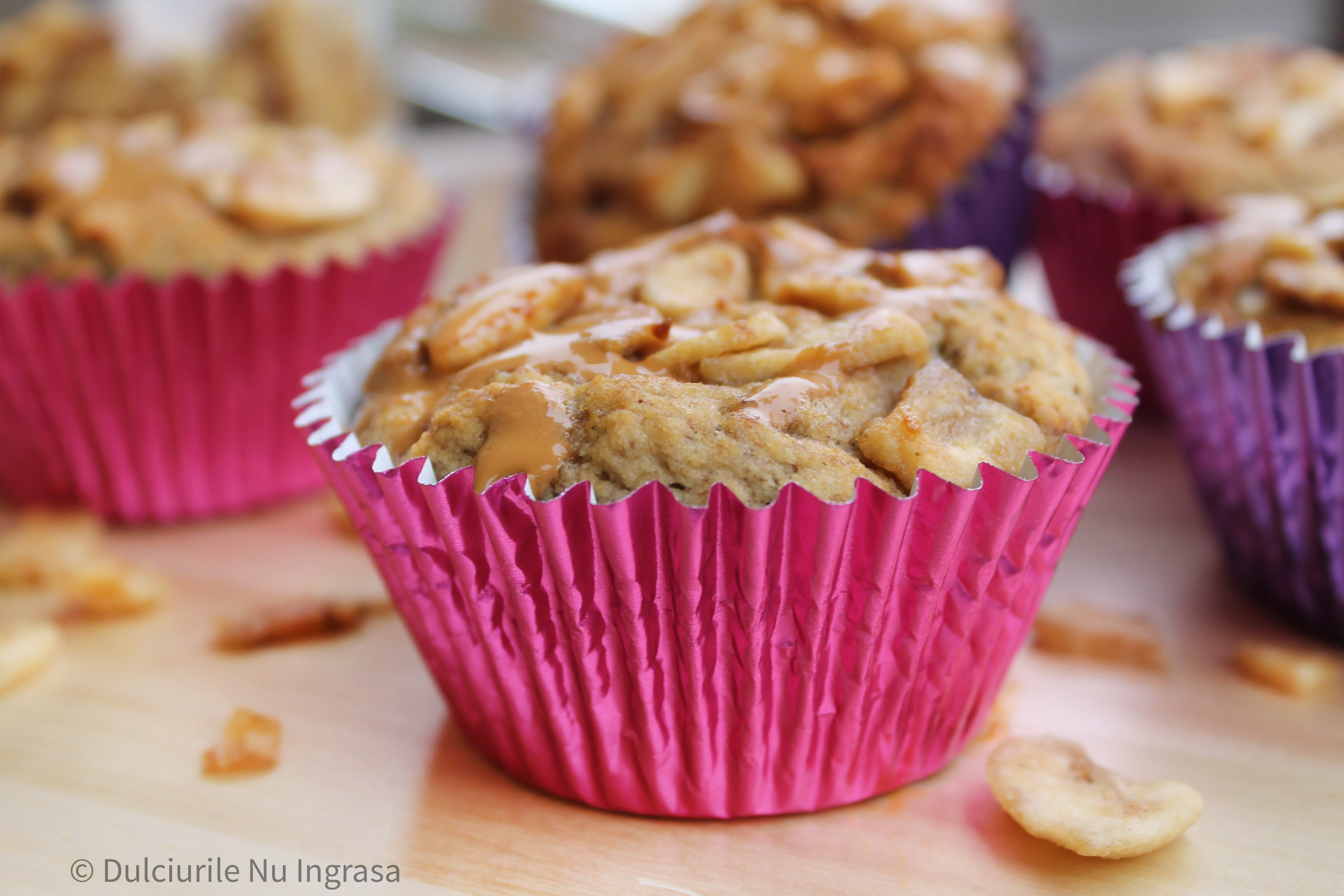 Briose fara zahar, sanatoase si proteice | Sugar free desserts, Dessert recipes, Food
