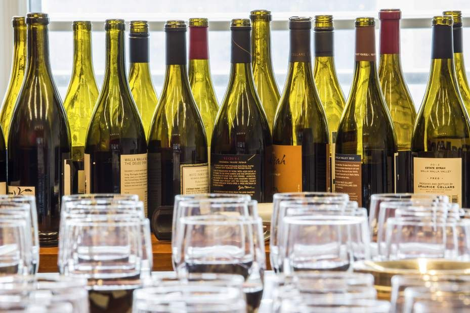 Washington state syrahs, arrayed for a tasting in New York. Washington growers have continued to invest in syrah, and though some producers continue to treat the varietal as a stand-in for cabernet sauvignon, a select few are producing noteworthy bottles.