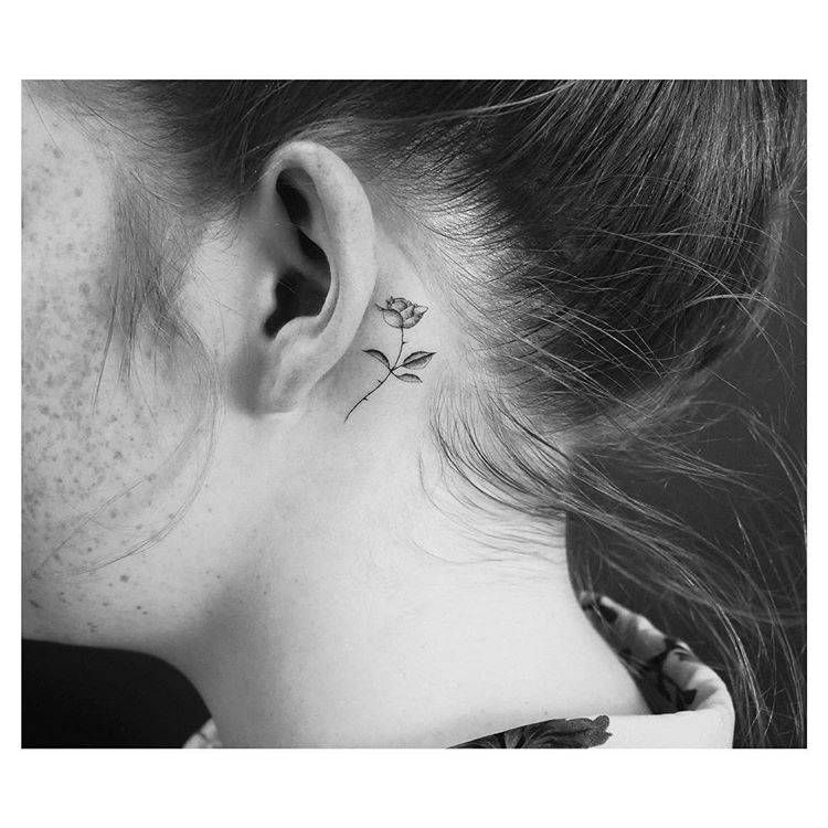Tiny Rose Tattoos That Will Be Blooming All Year Long Tiny Rose