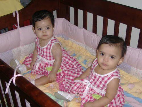 Beautiful brown eyes. ´j   Twin baby photos, Twins ...