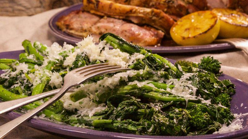 Cheesy Broccoli Rabe Rapini Con Cacio E Pepe Recipe