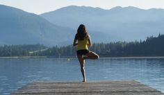 10 positions de yoga faciles pour déstresser après une sale journée