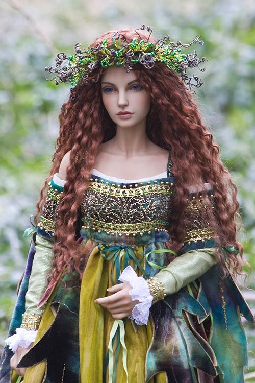 Carina, Goddess of Spring. Amazing ball-jointed doll by Antique Lilac.