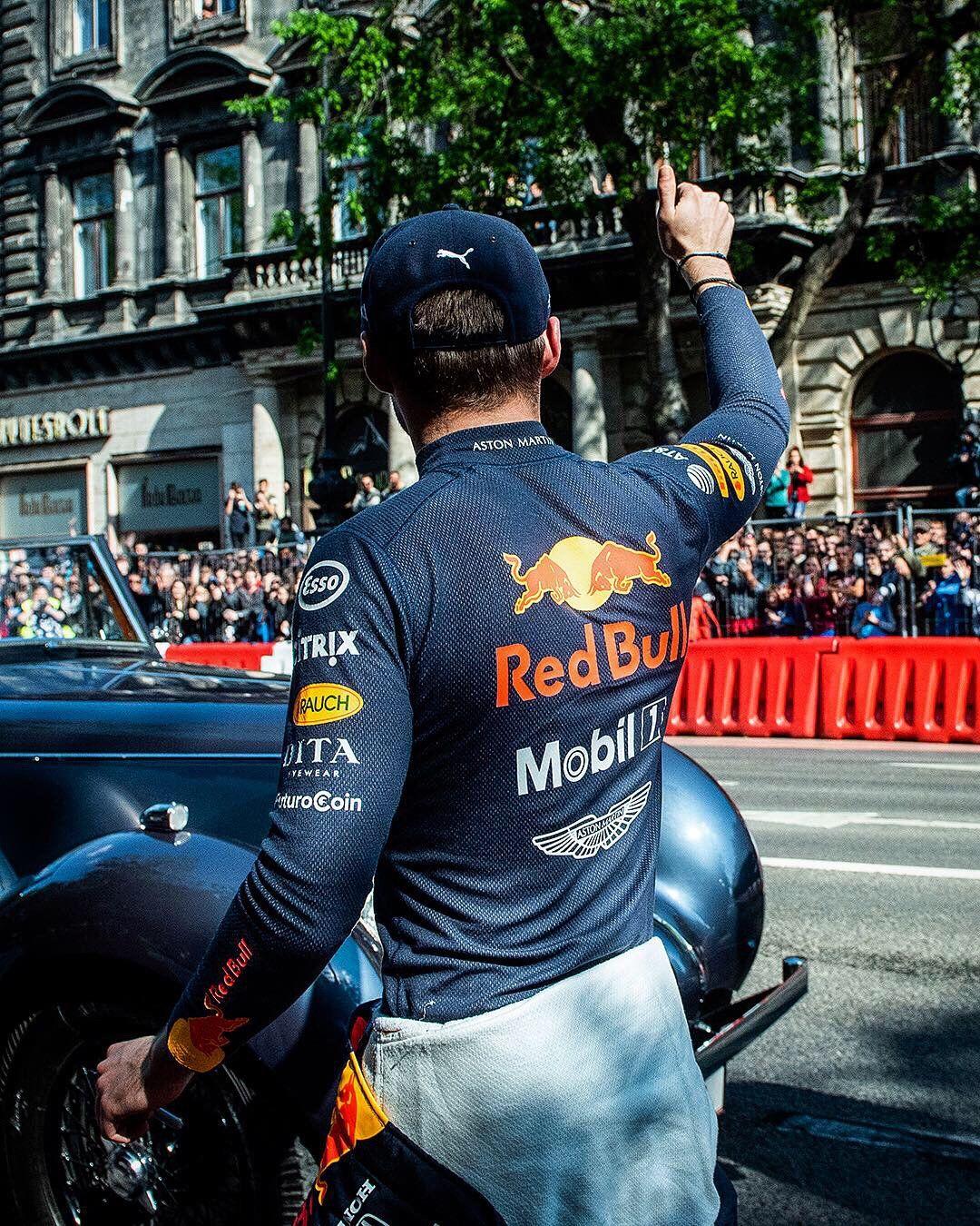 Aston Martin Red Bull Racing On