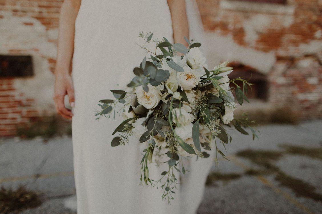 Neil + Anna   Lauritzen Gardens Wedding in Omaha, Nebraska ...  Lauritzen Gardens Wedding
