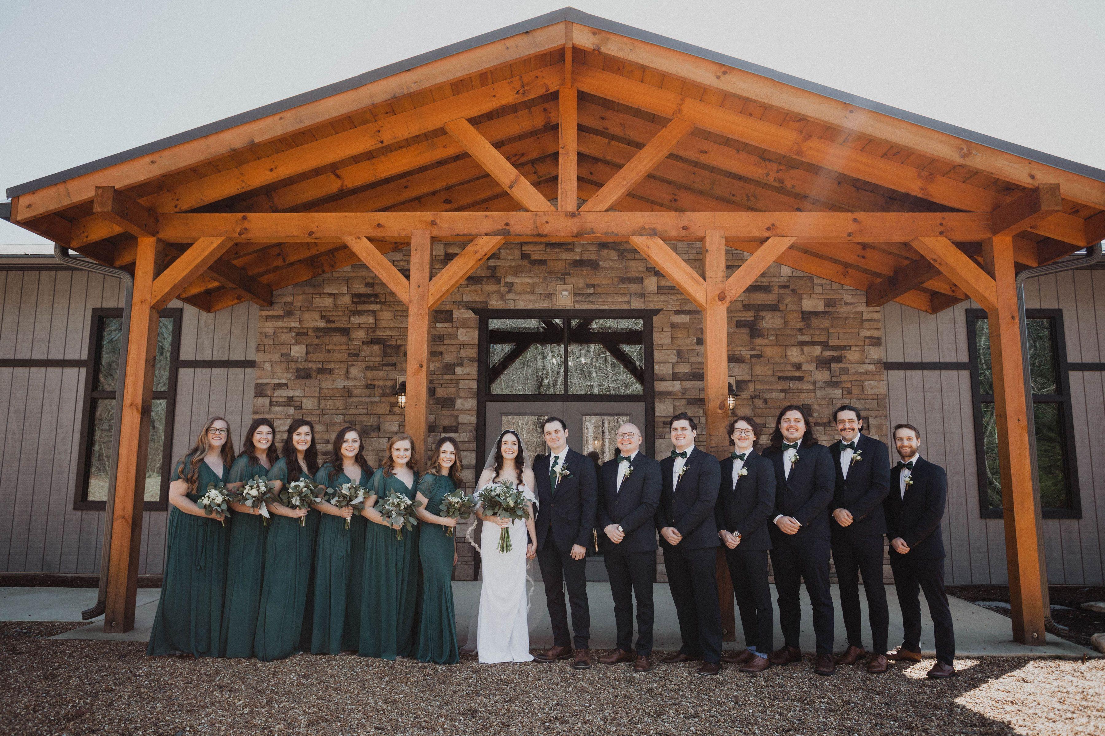 Cabin Wedding, Retreat Wedding, Tennessee Venue, Christian