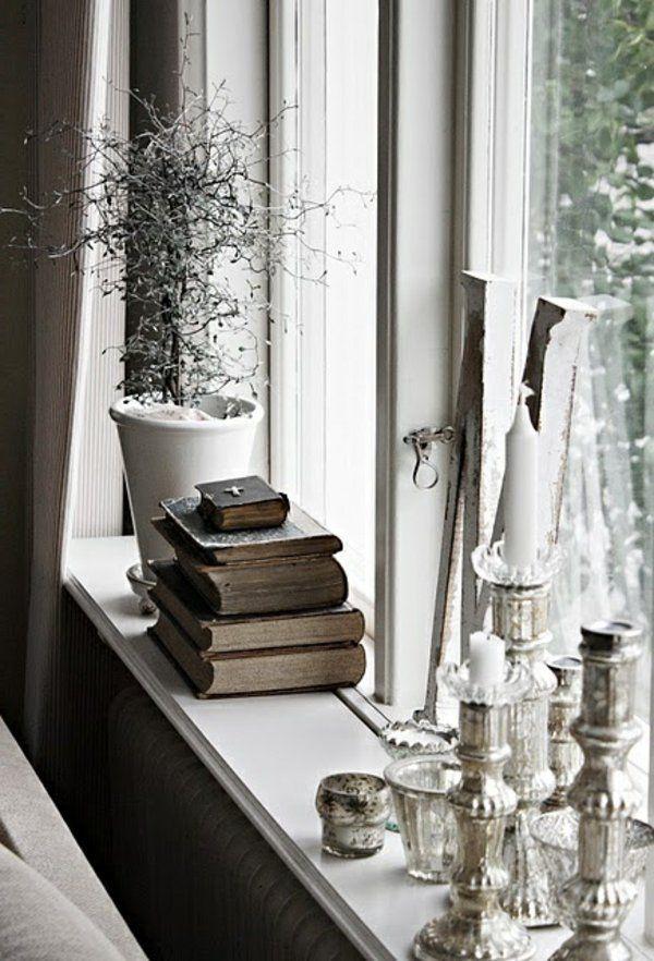 Deko Ideen Fensterbank Stilvoll Kerzen Bücher Pflanze ... Pflanzen Wintergarten Design Ideen