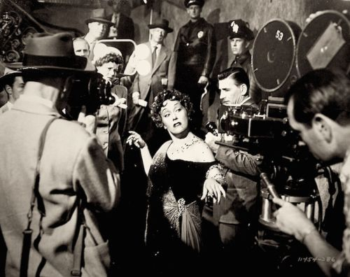 "Gloria Swanson Press Photo 1950 Sunset Boulevard ""ALRIGHT MR. DEMILLE, I'M READY FOR MY CLOSE UP"""